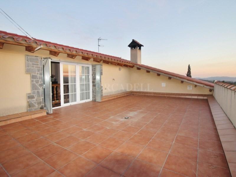 Gran casa en venda amb pista de tenis a Cànoves i Samalús 26