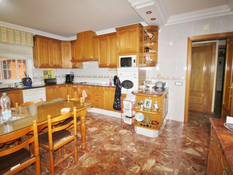 Gran casa en venda amb pista de tenis a Cànoves i Samalús 7