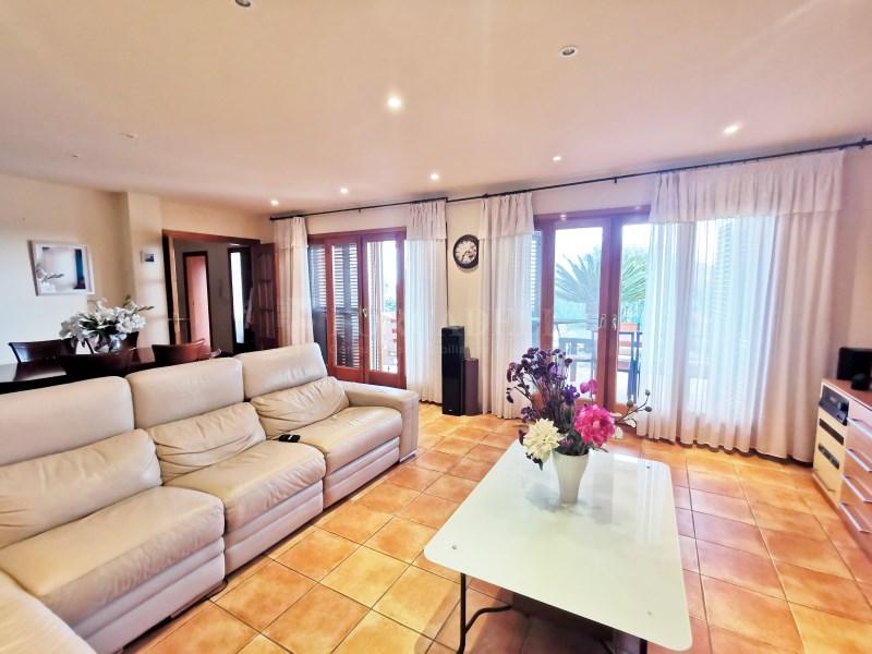 Fantàstica casa amb piscina en venda a La Garriga 2