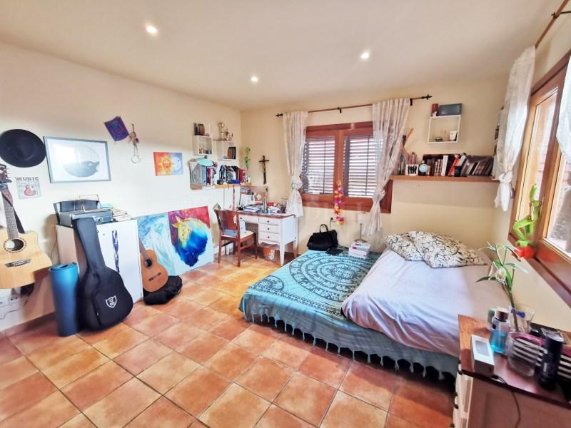 Fantàstica casa amb piscina en venda a La Garriga 19