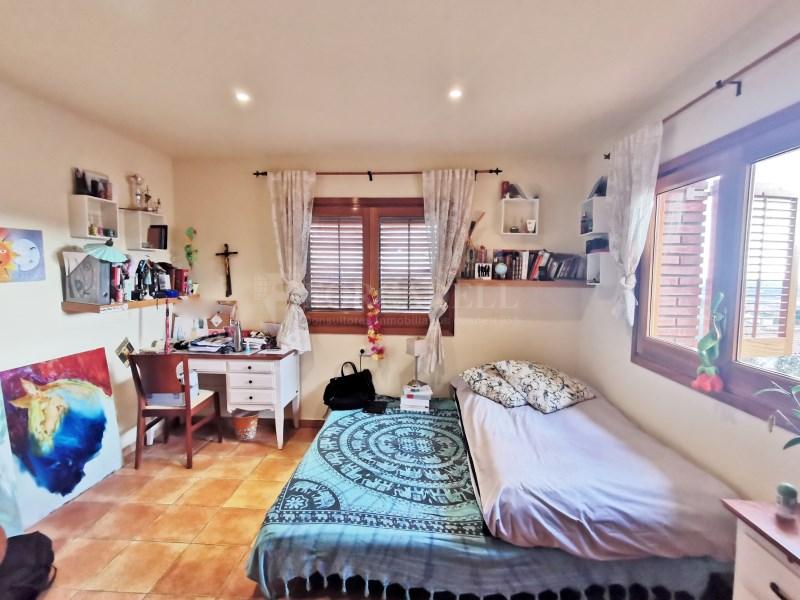 Fantàstica casa amb piscina en venda a La Garriga 21