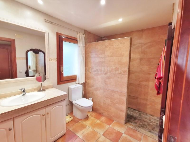 Fantàstica casa amb piscina en venda a La Garriga 27