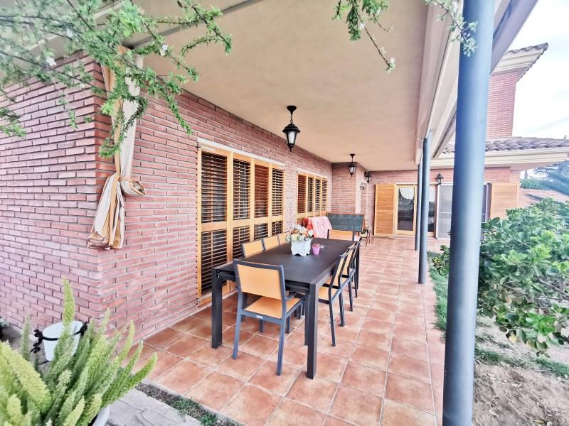 Fantàstica casa amb piscina en venda a La Garriga 34