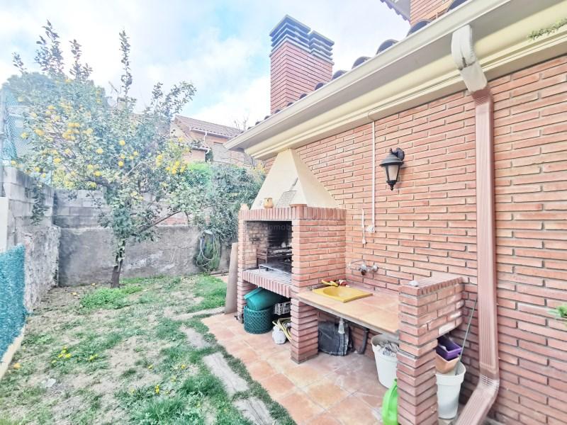 Fantàstica casa amb piscina en venda a La Garriga 37