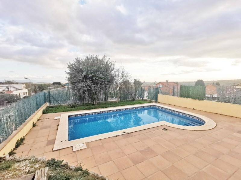 Fantàstica casa amb piscina en venda a La Garriga 41