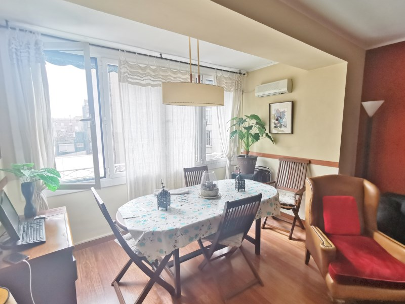 94m² apartment for sale in Girona street 4
