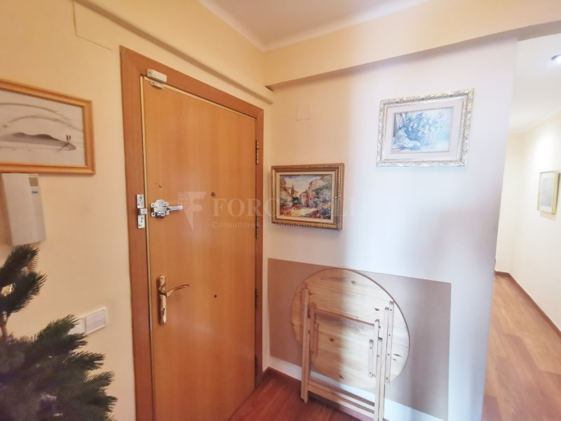 94m² apartment for sale in Girona street 11