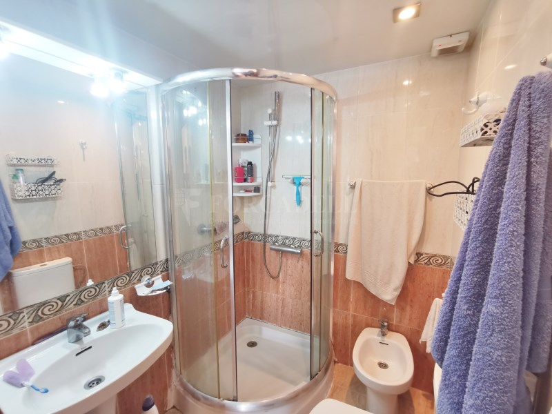 94m² apartment for sale in Girona street 15