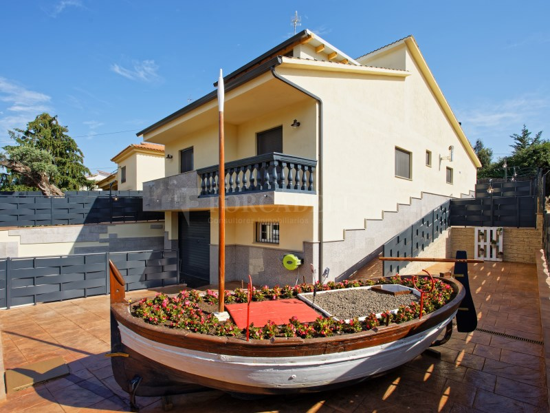 Casa en venda Bigues i Riells urbanització Ca Traver 12