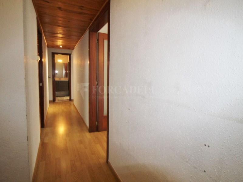 Fantàstic pis en venda situat al carrer de Sant Galdric 32