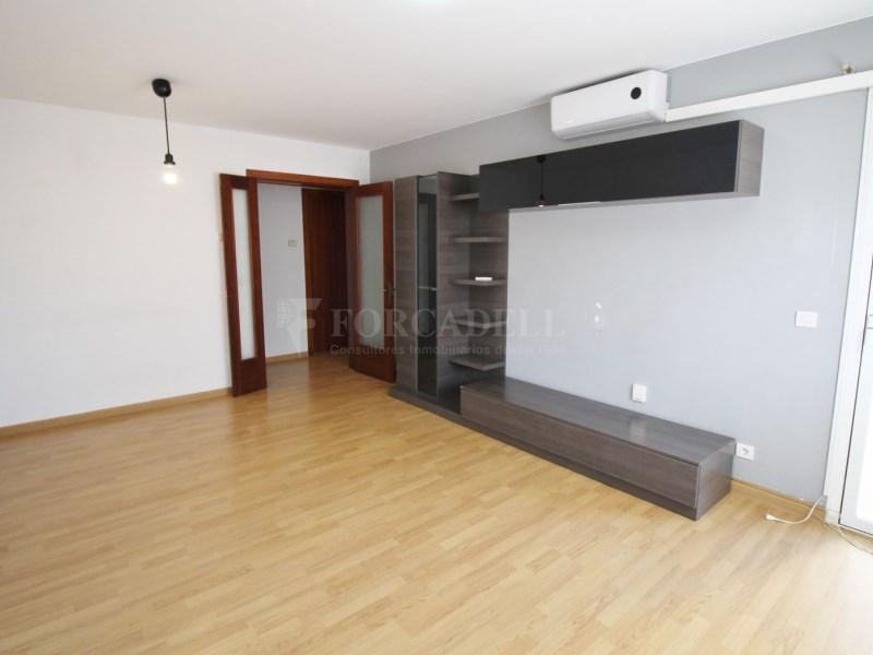 Fantàstic pis en venda situat al carrer de Sant Galdric 2