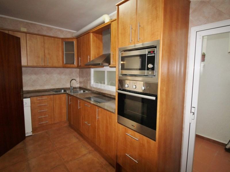 Fantàstic pis en venda situat al carrer de Sant Galdric 8