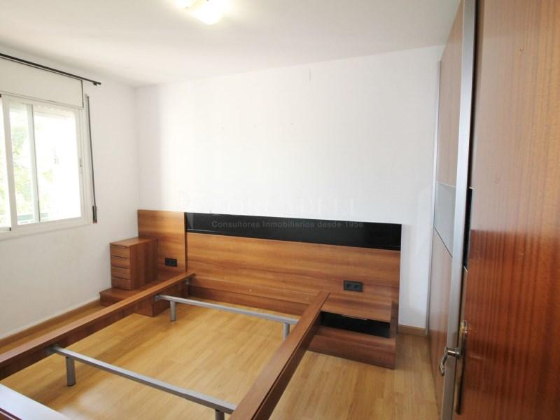Fantàstic pis en venda situat al carrer de Sant Galdric 19