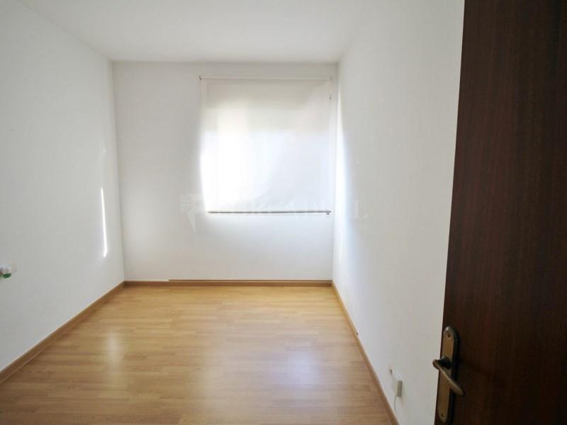 Fantàstic pis en venda situat al carrer de Sant Galdric 23