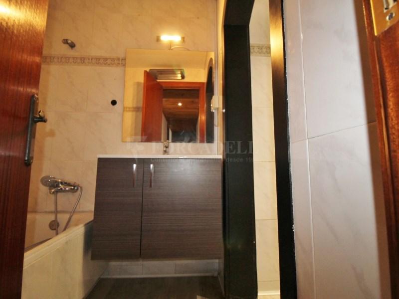 Fantàstic pis en venda situat al carrer de Sant Galdric 29