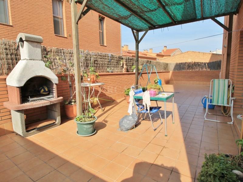 Pis en venda amb terrassa a Sant Vicenç de Castellet 2