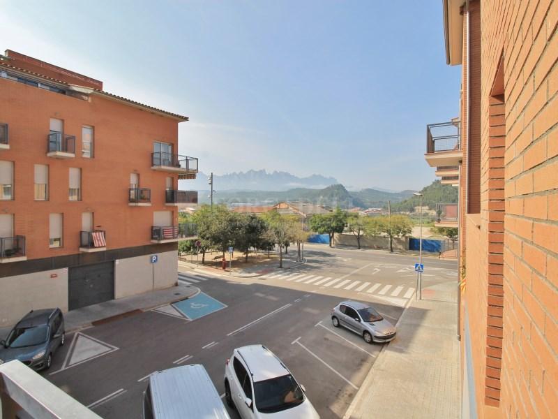 Pis en venda amb terrassa a Sant Vicenç de Castellet 21
