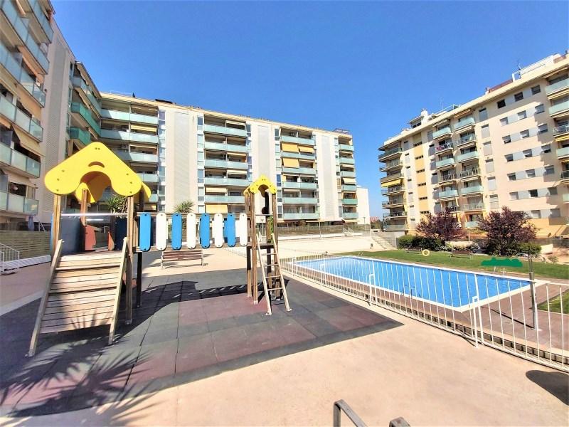 Bonic pis seminou de 70m² amb piscina i plaça d'aparcament 4