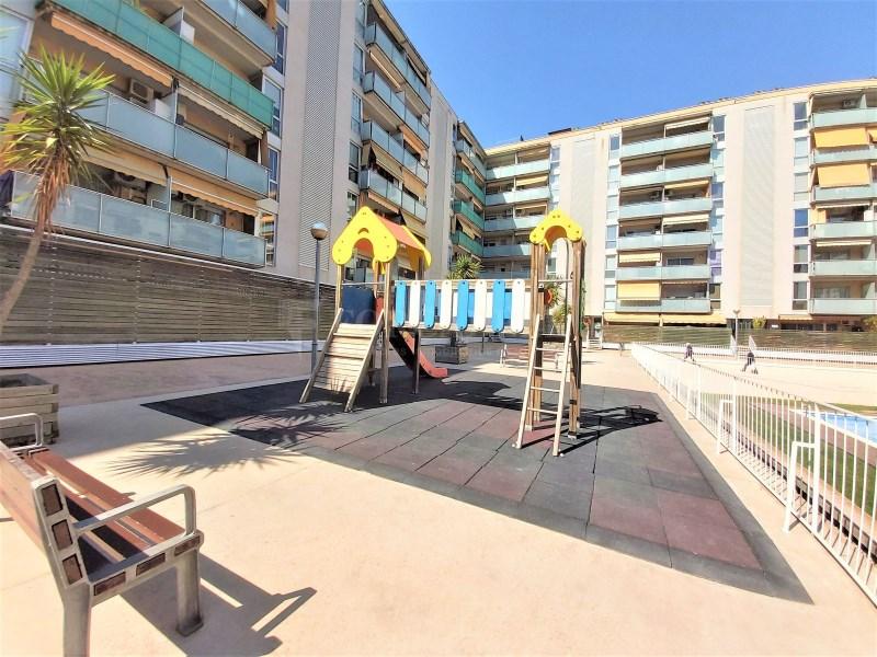 Bonic pis seminou de 70m² amb piscina i plaça d'aparcament 14