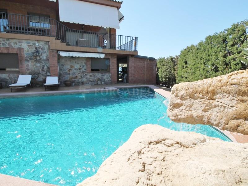 Magnífica casa amb piscina en venda a Ullastrell 4