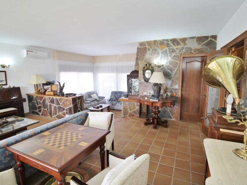 Magnífica casa amb piscina en venda a Ullastrell 18