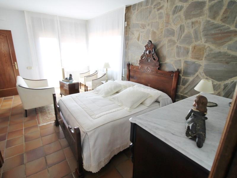 Magnífica casa amb piscina en venda a Ullastrell 36