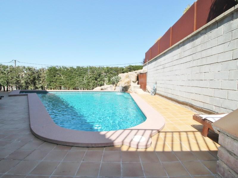 Magnífica casa amb piscina en venda a Ullastrell 70