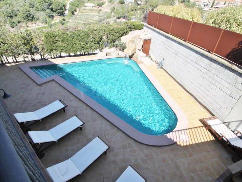 Magnífica casa amb piscina en venda a Ullastrell 71