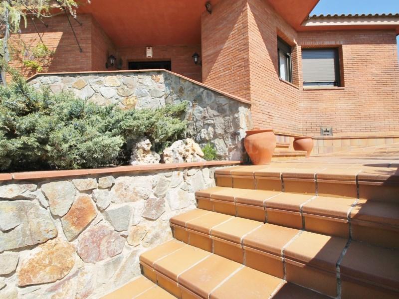 Magnífica casa amb piscina en venda a Ullastrell 84