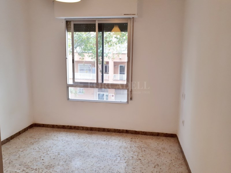 Large flat for sale in Palma 11