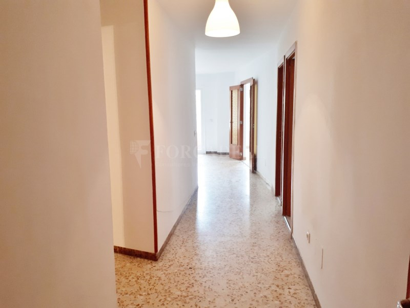 Large flat for sale in Palma 17