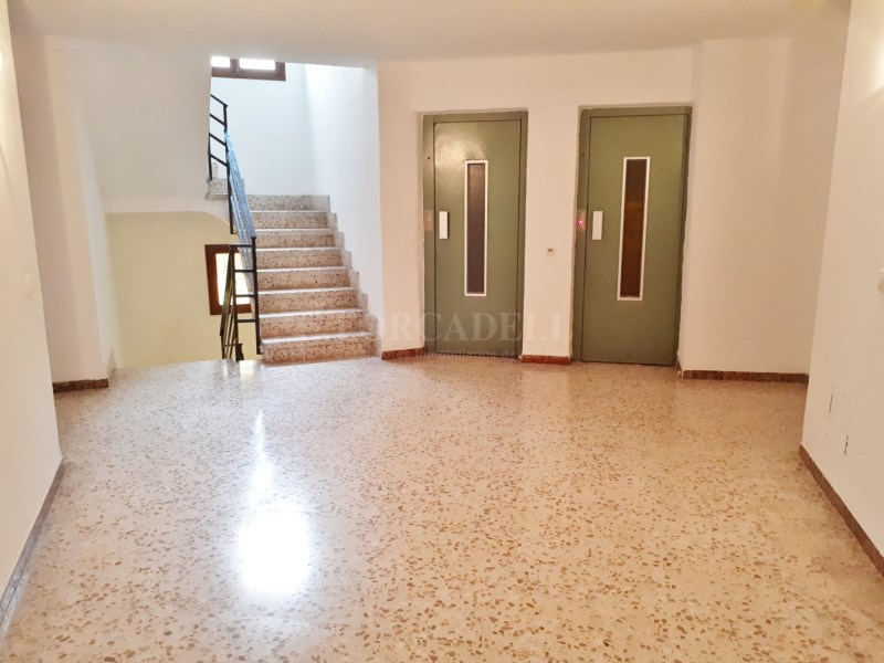 Large flat for sale in Palma 19