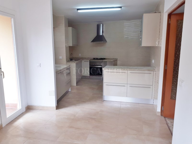 Large flat for sale in Palma 12
