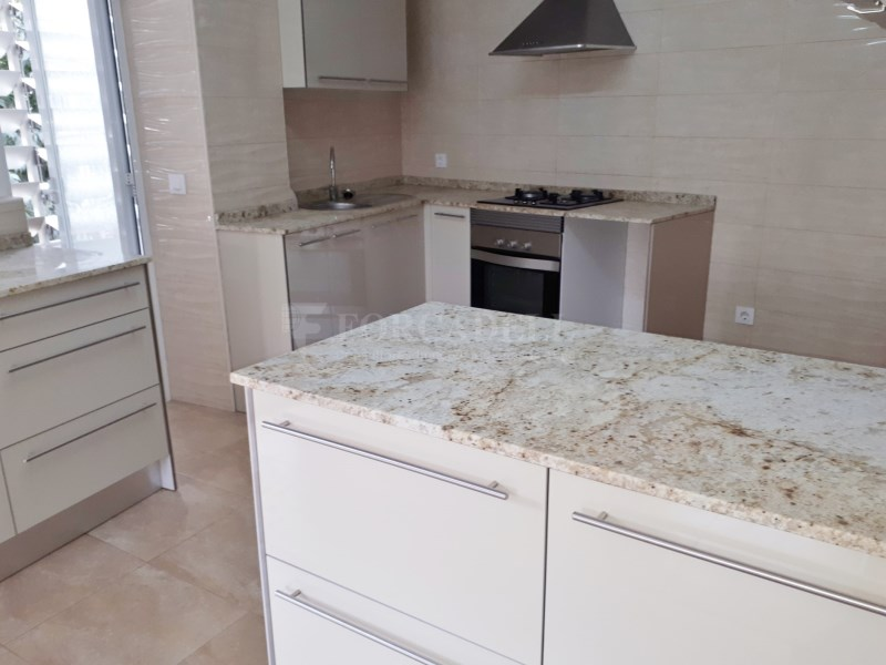 Large flat for sale in Palma 15