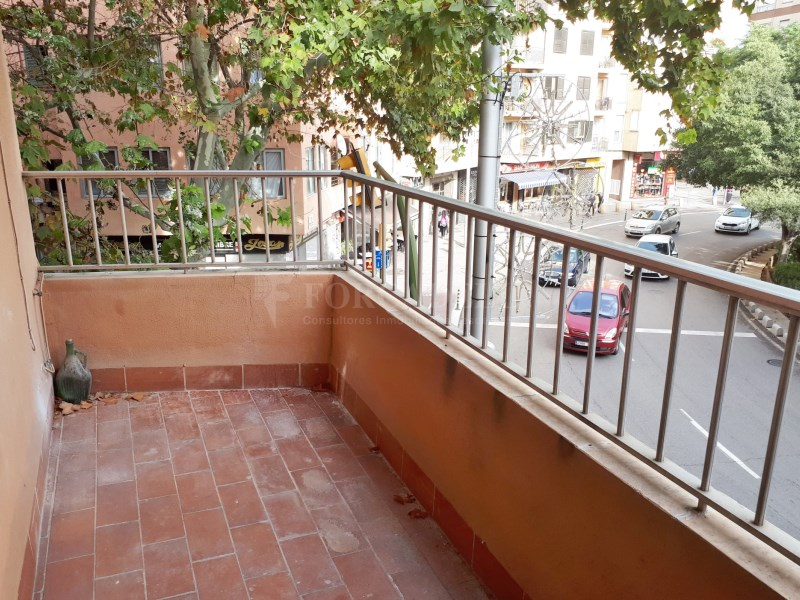 Large flat for sale in Palma 6