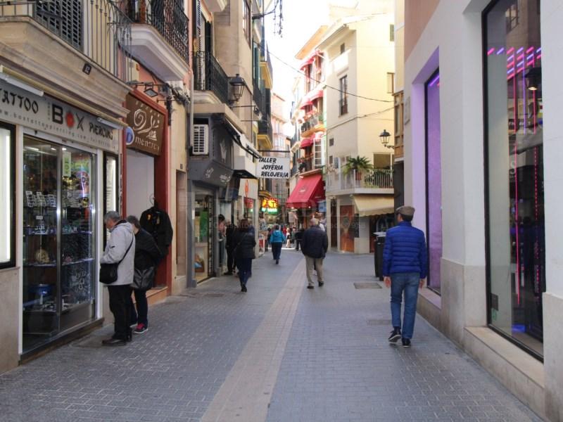 Local comercial en zona comercial de Palma 3