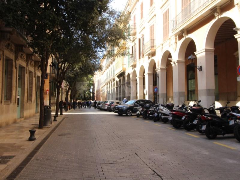 Local comercial en zona comercial de Palma 10