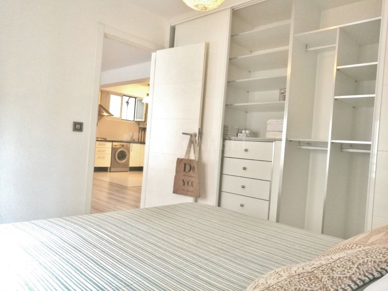 Oportunitat de pis en venda a Santa Catalina 8