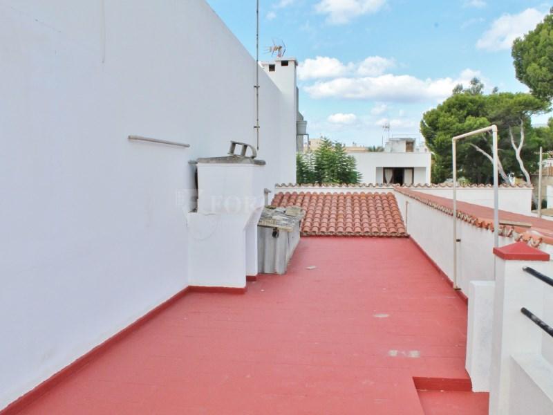 Casa en venda amb vàries terrasses molt a prop de la platja de Can Picafort