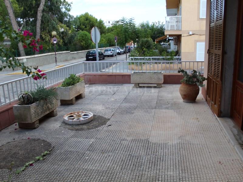 Casa en venda amb vàries terrasses molt a prop de la platja de Can Picafort 40