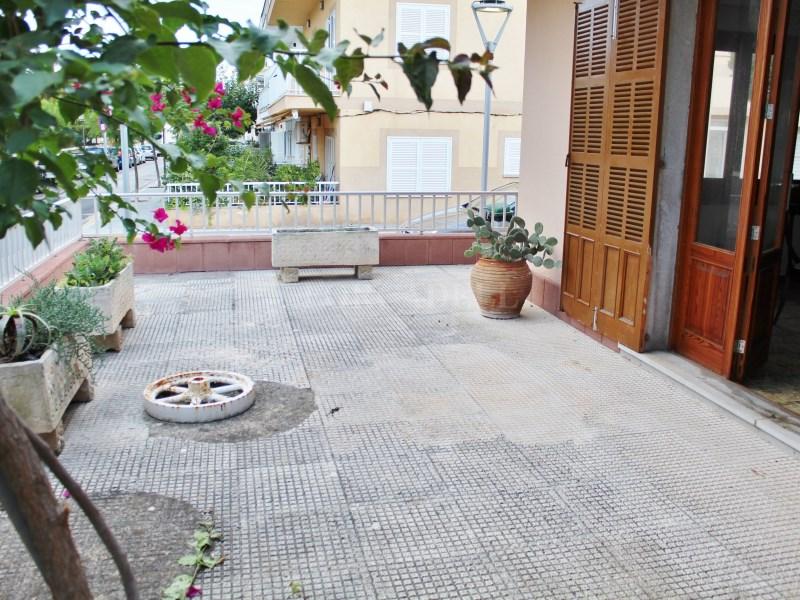 Casa en venda amb vàries terrasses molt a prop de la platja de Can Picafort 41