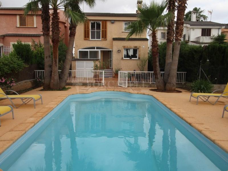 Xalet unifamiliar en lloguer en zona molt tranquil·la a Palma moblat. 10