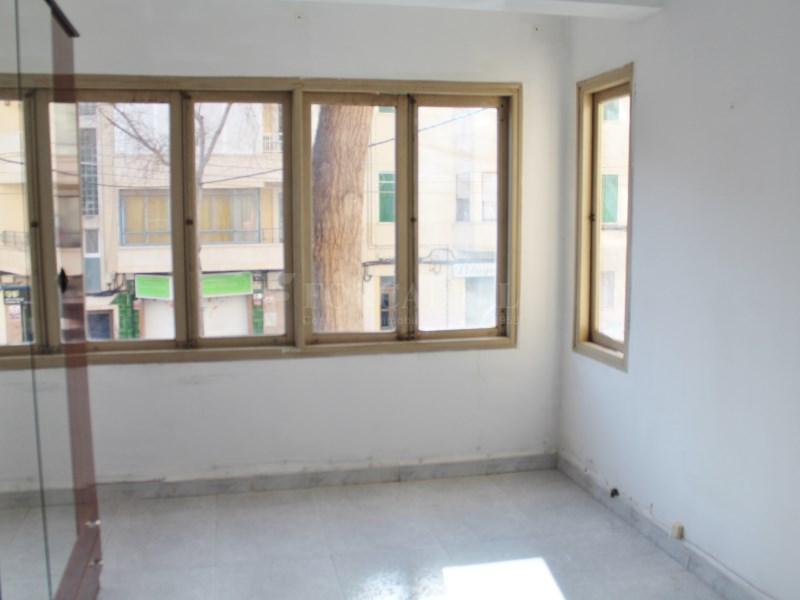 Piso de 98m² en venta en junto a la Plaza Madrid, Palma 15