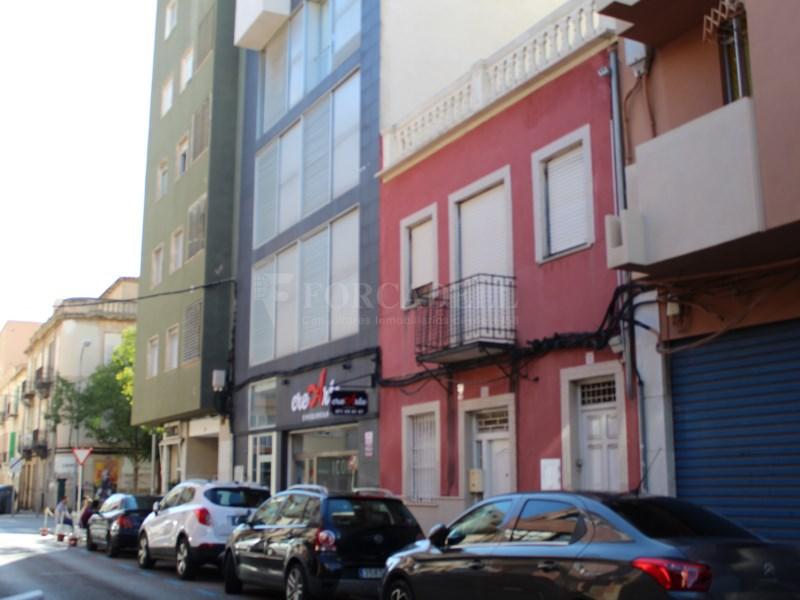 Dúplex amb terrassa de 27m² a travessera de les Avingudes de Palma 15