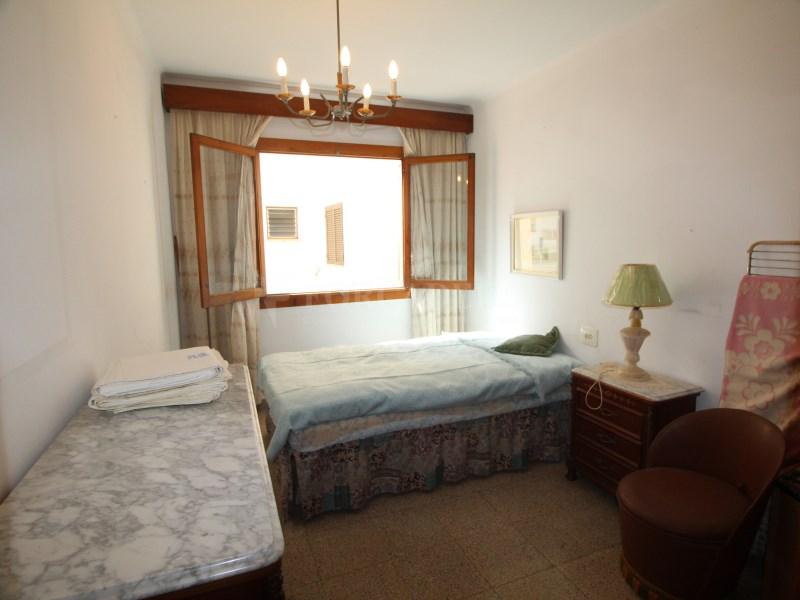Habitatge de 3 dormitoris molt prop de la Plaça Miquel Dolç 18
