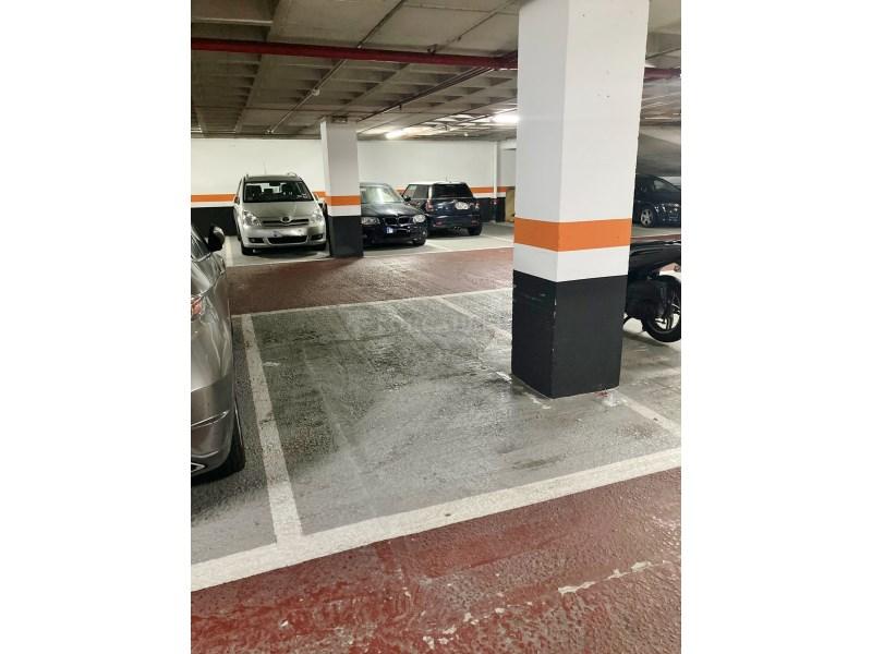 Plaça d'aparcament per a cotxe en venda al carrer Diputació, Barcelona 3