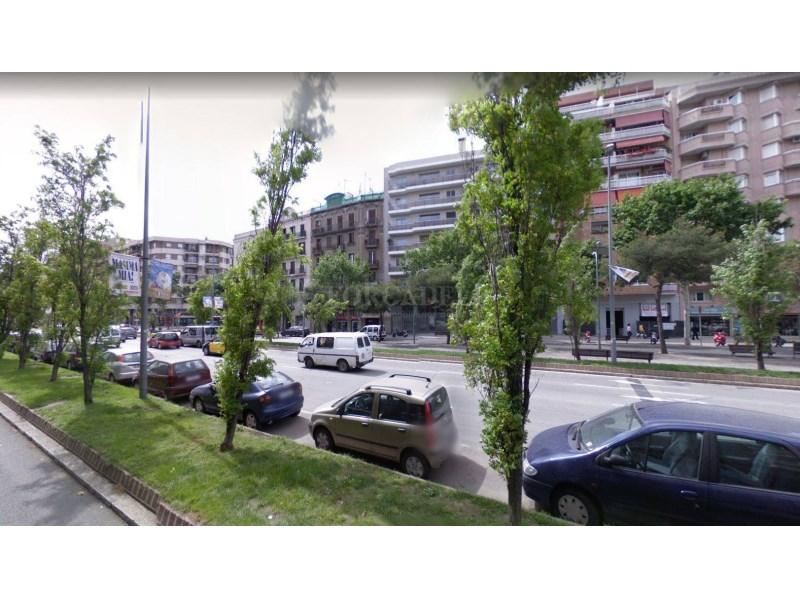 Plaça d'aparcament per a cotxe en venda al carrer Diputació, Barcelona 10
