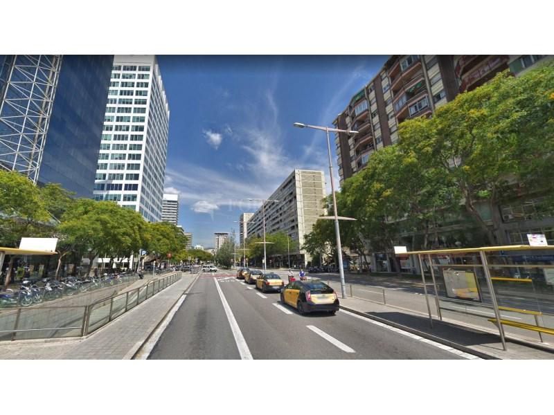 Plaça d'aparcament per a cotxe en venda al carrer Diputació, Barcelona 11
