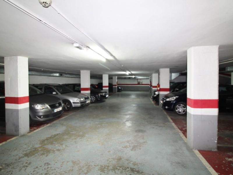 En venta 2 plaçes de pàrquing contigües en Cornet i Mas 3