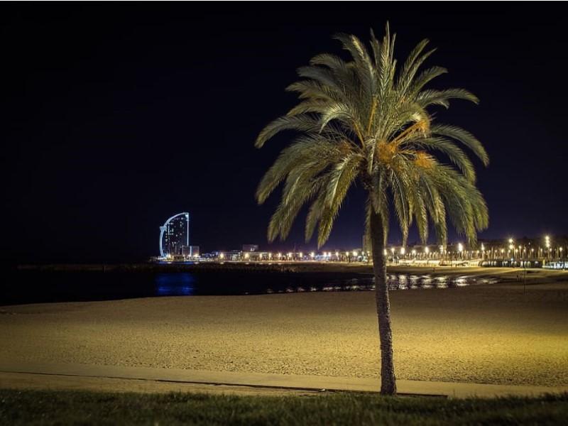 Piso en venta ideal inversores en el Raval de Barcelona 18